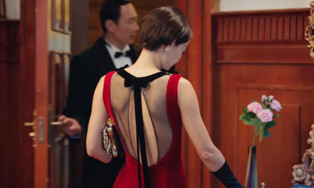 马伊琍,不是频频换衣服,就叫旗袍美探